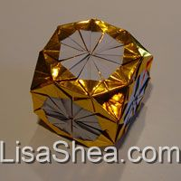 gold lucky cube
