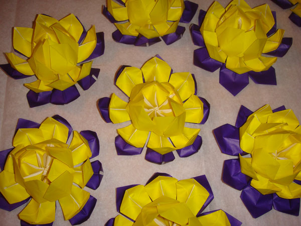 Price per Origami Lotus Flower: Regular origami paper: $15 Foil origami paper: $20 Money...  Here are some images of...