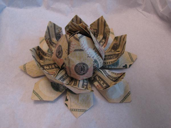 Dollar Bills Strike Again-The dollar bill modular flower and other ... | 451x600