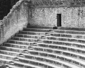 pompeiiampitheater-1000