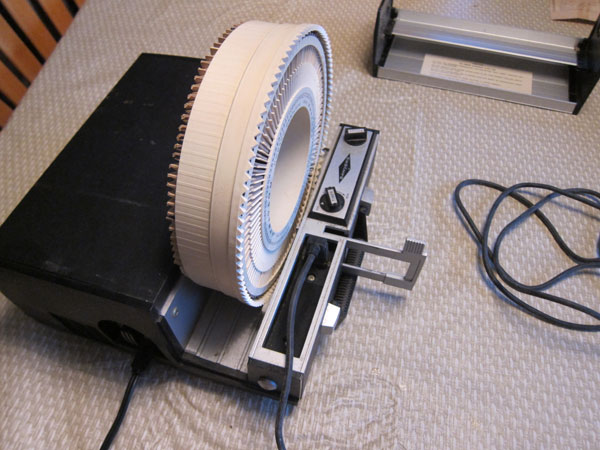 Websites Like Craigslist >> Vintage Sawyer Rotomatic 700 Slide Projector