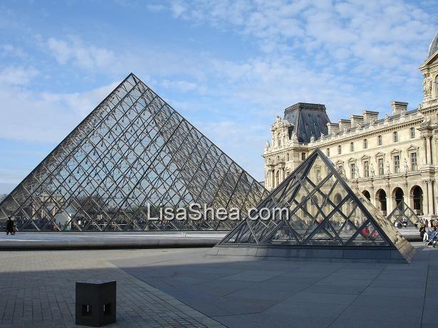 Louvre museum pyramid 666 panes - Pyramide du louvre 666 ...